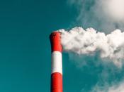 Um grupo deinvestigadores daULisboa estácada vez mais perto de conseguir criar umprocesso economicamente viável de reciclagem do dióxido de carbonoresponsável pelo efeito de estufa