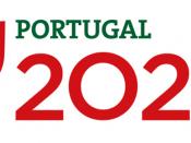 Logótipo Portugal 2020, sobre um fundo branco