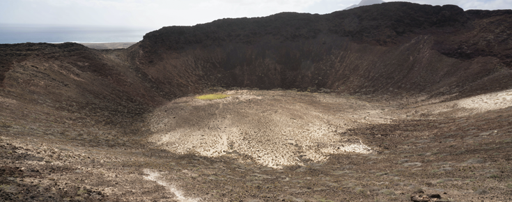 Cratera inativa em Cabo Verde