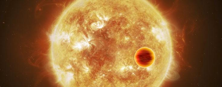 Conceção artística de um exoplaneta a passar (transitar) em frente da sua estrela