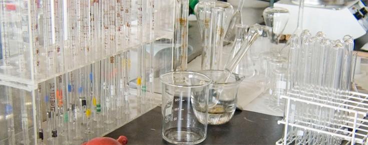 Material usado em investigação na área da Química e Bioquímica