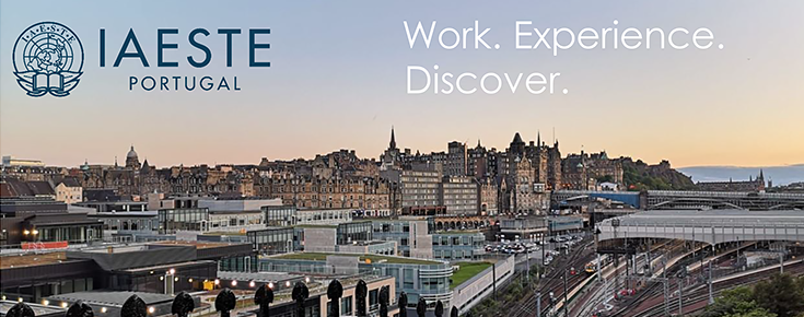 Logótipo da IAESTE, sobre uma fotografia da cidade de Edimburgo